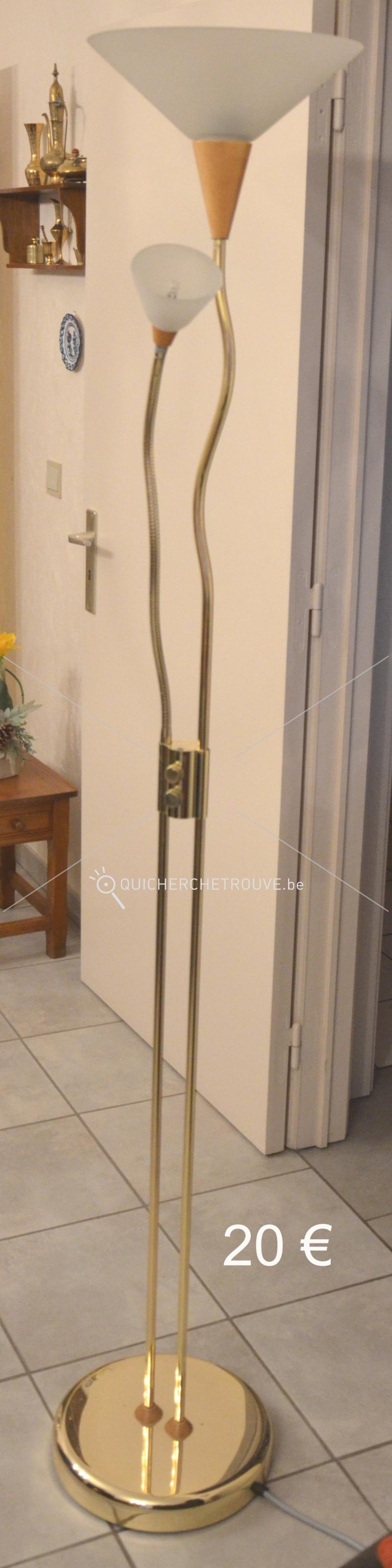 A vendre lampe halog ne petites annonces maison d corations belgique - Lampe sur pied a vendre ...