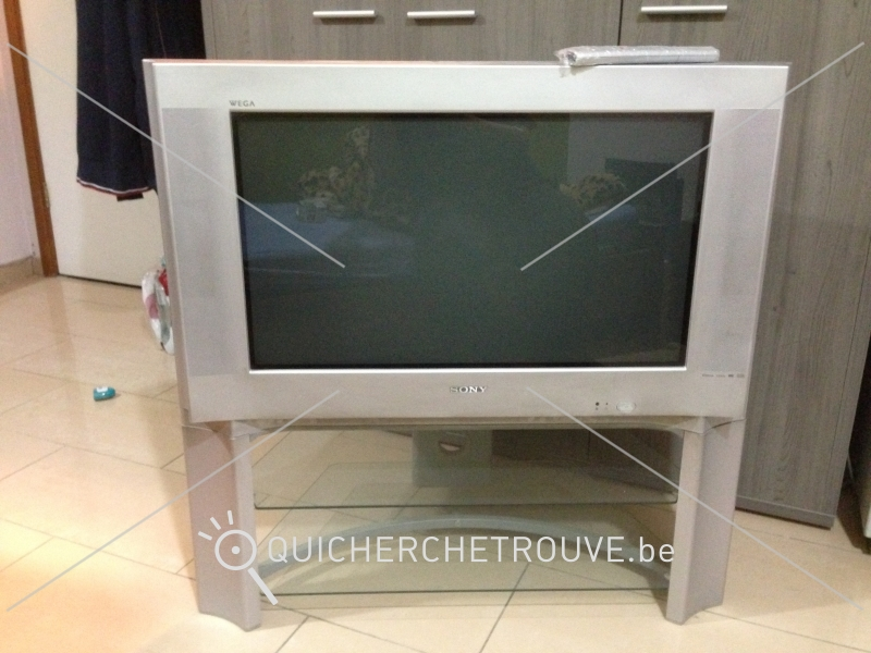 a vendre tv sony trinitron 32 petites annonces tv hi fi photo vid o belgique. Black Bedroom Furniture Sets. Home Design Ideas