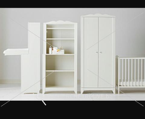a vendre une chambre de b b blanche ikea petites annonces maison d corations belgique. Black Bedroom Furniture Sets. Home Design Ideas