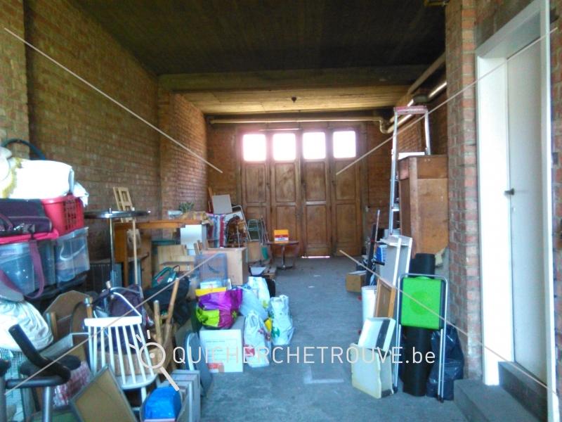 A louer garage a louer grande superficie petites for Garage stockage a louer