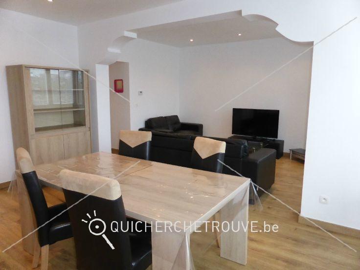 A louer appartement 2 chambres meubl sur charleroi for Le meuble charleroi