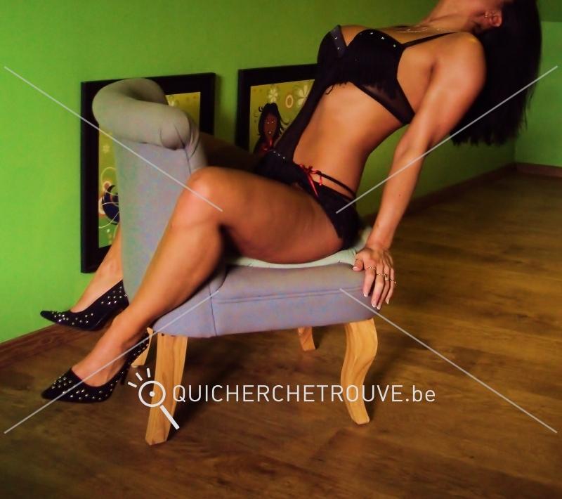 cherche massage naturiste Sèvres